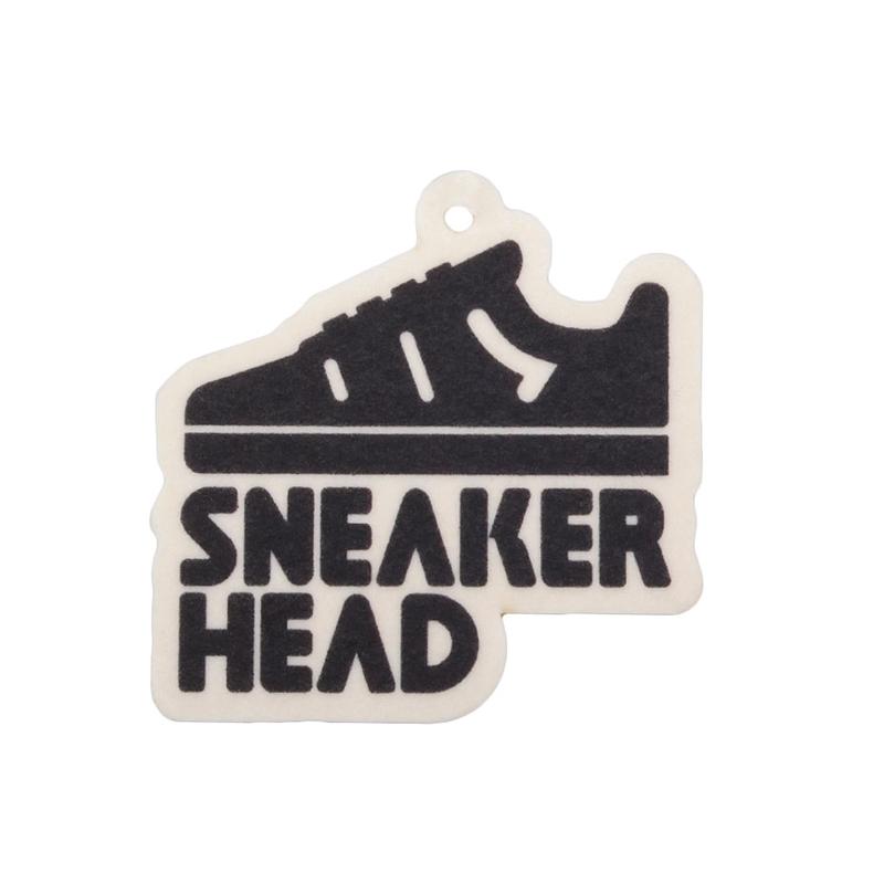Автоароматизатор SneakerheadДругое<br><br><br>Цвет: Черный, белый<br>Размеры : OS