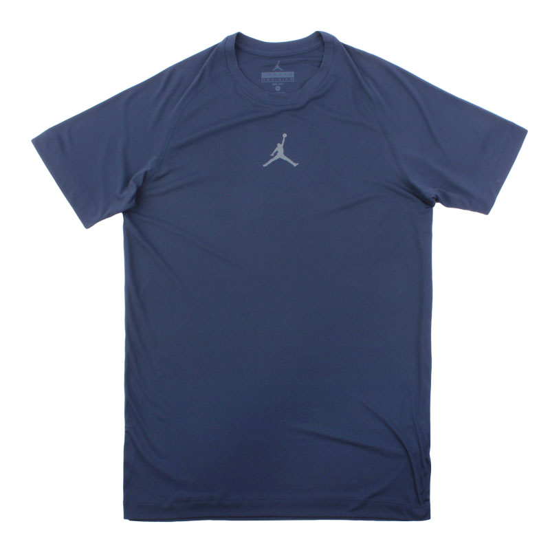 Футболка Jordan All SeasonКомпрессионное белье<br>полиэстер<br><br>Цвет: Синий<br>Размеры US: S;M;L;XL;2XL<br>Пол: Мужской