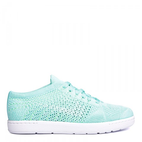 Купить женские голубые, белые  кроссовки nike wmns tennis classic ultra flyknit в магазинах Streetball - изображение 2 картинки