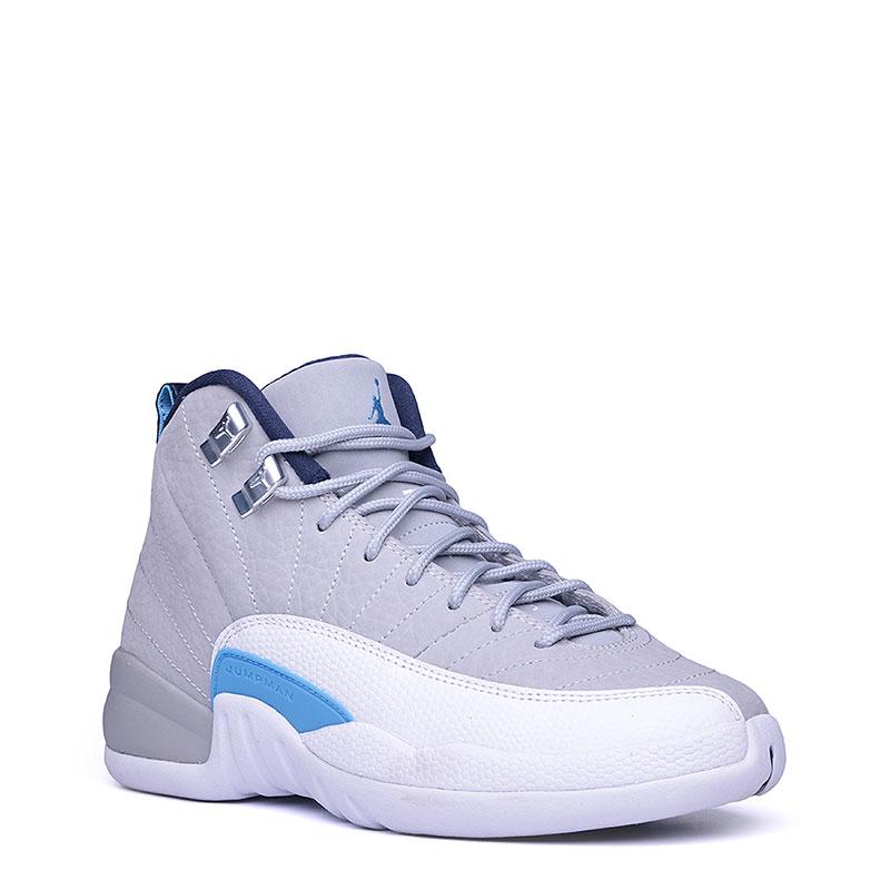 Кроссовки Air Jordan XII Retro BGКроссовки lifestyle<br>Кожа, пластик, текстиль, резина<br><br>Цвет: Серый, белый, голубой<br>Размеры US: 3.5Y<br>Пол: Женский