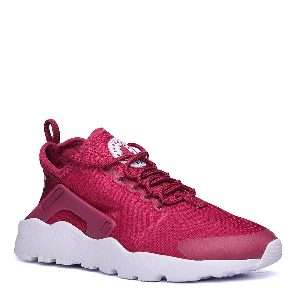 Кроссовки Nike Sportswear WMNS Air Huarache Run UltraКроссовки lifestyle<br>текстиль, пластик, резина<br><br>Цвет: бордовый, белый.<br>Размеры US: 6.5<br>Пол: Женский