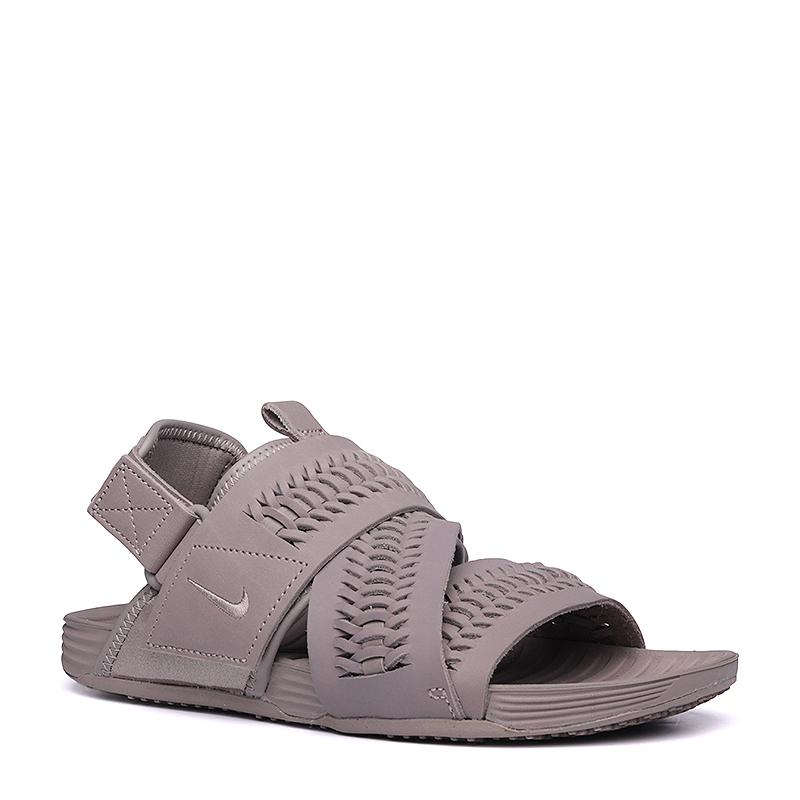 Сандалии Nike Sportswear Air Solarsoft Zigzag WVN QSСланцы, балетки<br>кожа,текстиль,резина<br><br>Цвет: Серый<br>Размеры US: 6;7<br>Пол: Мужской