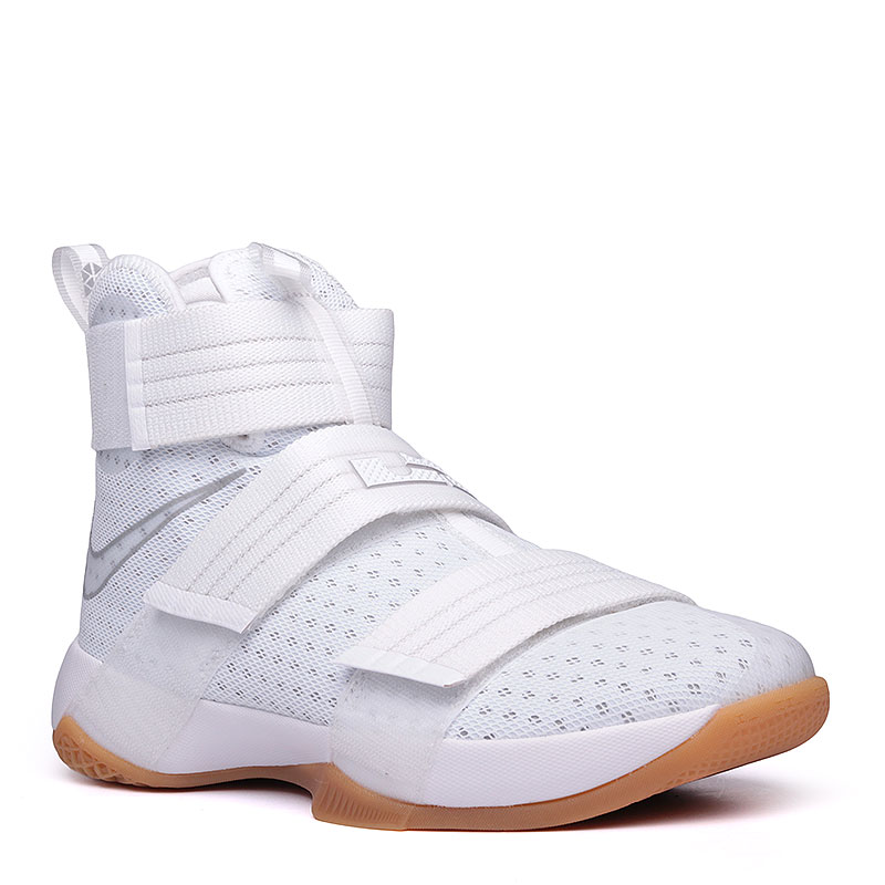 Кроссовки  Nike Lebron Soldier 10 SFGКроссовки баскетбольные<br>текстиль, пластик, резина.<br><br>Цвет: белый.<br>Размеры US: 8;8.5;9;9.5;10.5;11.5;13.5;15<br>Пол: Мужской