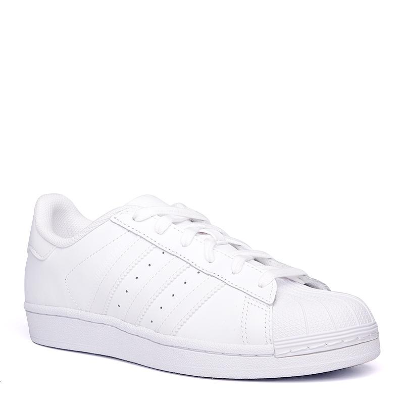 Кроссовки adidas Superstar WКроссовки lifestyle<br>кожа, синтетика, резина<br><br>Цвет: Белый<br>Размеры UK: 7.5<br>Пол: Женский