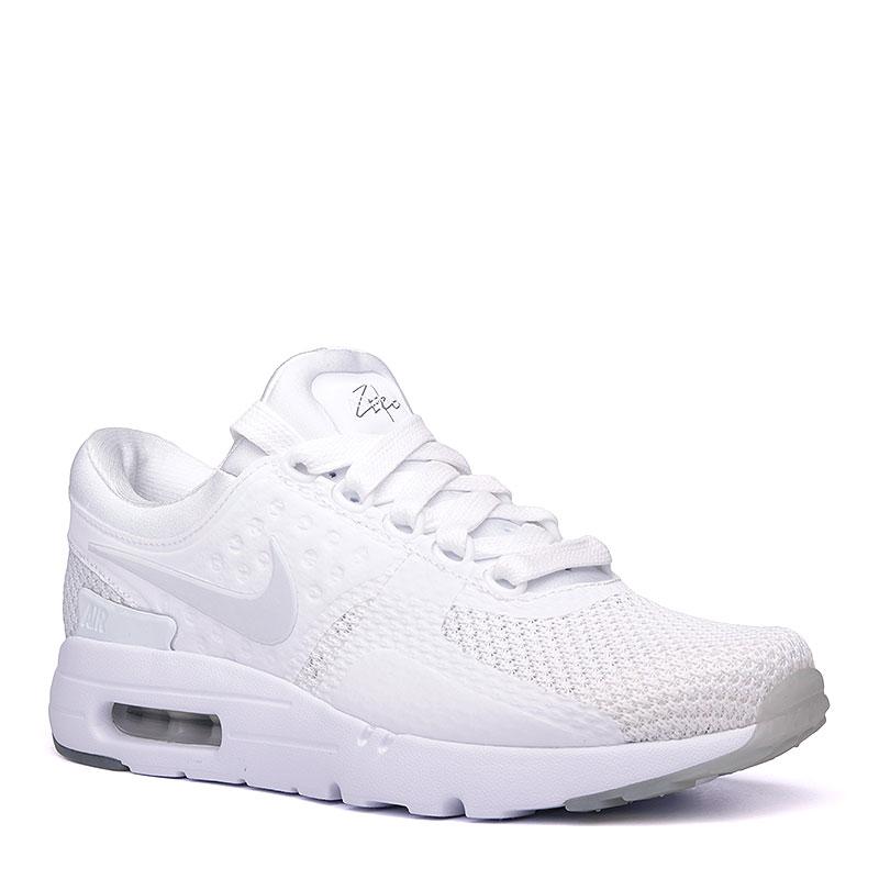 Кроссовки Nike Sportswear Air Max Zero QSКроссовки lifestyle<br>пластик, текстиль, резина.<br><br>Цвет: белый.<br>Размеры US: 9;12;12.5<br>Пол: Мужской