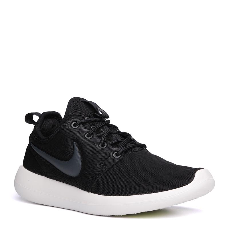 Кроссовки Nike Sportswear WMNS Roshe TwoКроссовки lifestyle<br>текстиль, резина<br><br>Цвет: Черный<br>Размеры US: 6;6.5;7;7.5;8;8.5<br>Пол: Женский