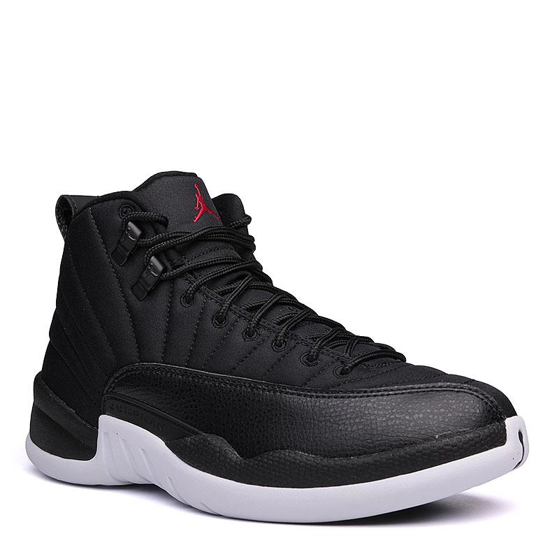 Кроссовки Air Jordan XII RetroКроссовки lifestyle<br>текстиль, синтетика, резина,  пластик.<br><br>Цвет: чёрный, белый.<br>Размеры US: 12<br>Пол: Мужской