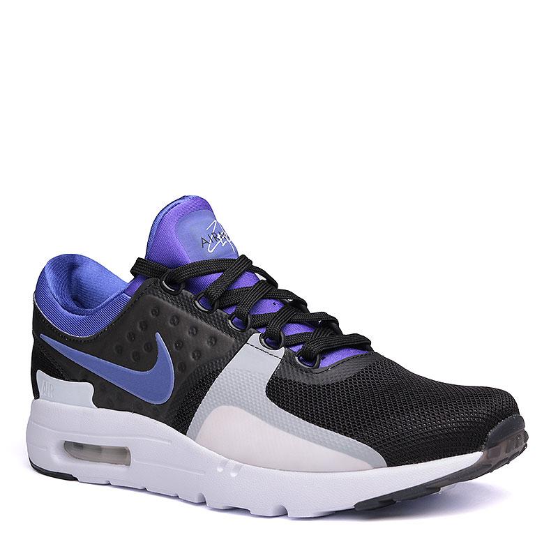 Кроссовки  Nike Sportswear Air Max Zero QSКроссовки lifestyle<br>пластик, текстиль, резина.<br><br>Цвет: чёрный, фиолетовый, белый.<br>Размеры US: 8;8.5;9;9.5;10;10.5;11;11.5;12;13<br>Пол: Мужской