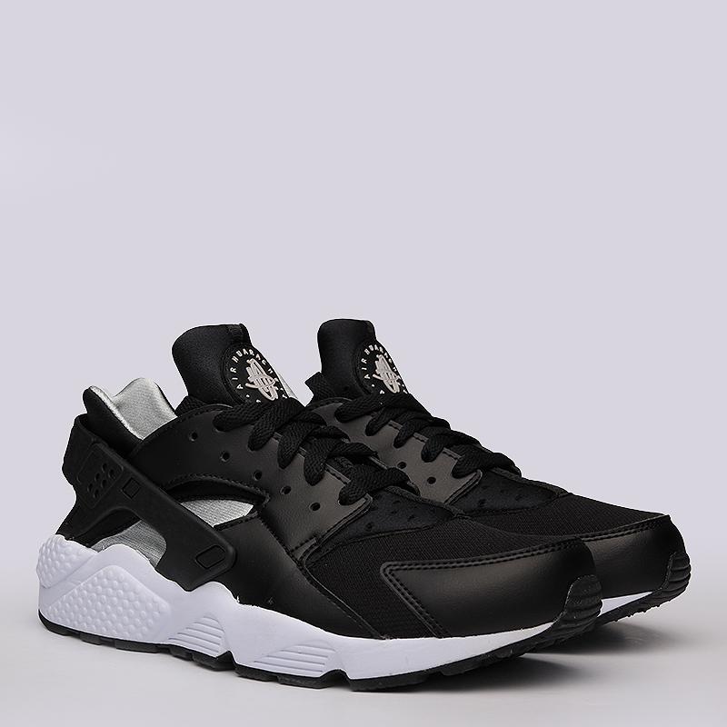Кроссовки Nike Sportswear Air HuaracheКроссовки lifestyle<br>Текстиль, синтетика, резина<br><br>Цвет: Чёрный, Белый<br>Размеры US: 10;11;11.5;12<br>Пол: Мужской