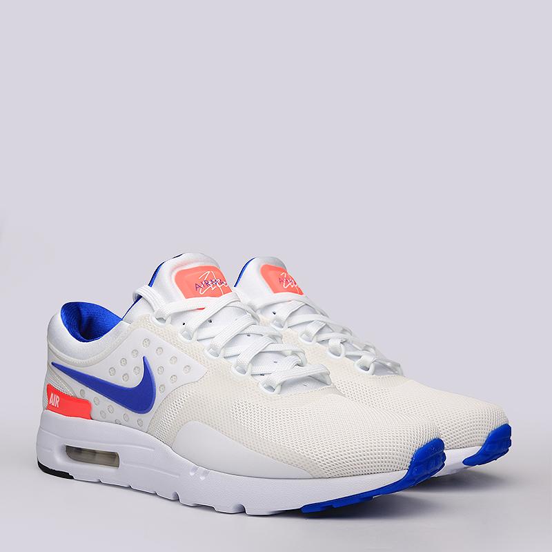 Кроссовки Nike Sportswear Air Max Zero QSКроссовки lifestyle<br>Текстиль, синтетика, резина<br><br>Цвет: Белый, Синий<br>Размеры US: 6;6.5;7.5;8;8.5;9;9.5;10;10.5;11;11.5;12<br>Пол: Мужской