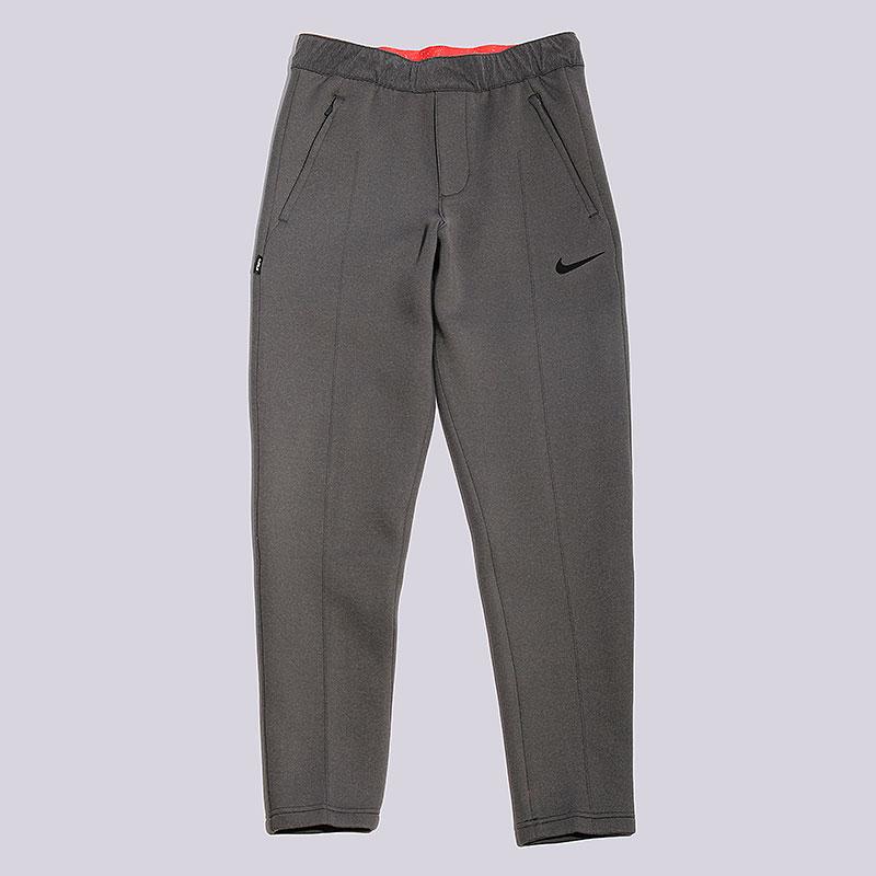 Брюки Nike Sportswear Lebron M Pant MVPБрюки и джинсы<br>100% полиэстер<br><br>Цвет: Серый<br>Размеры US: M<br>Пол: Мужской