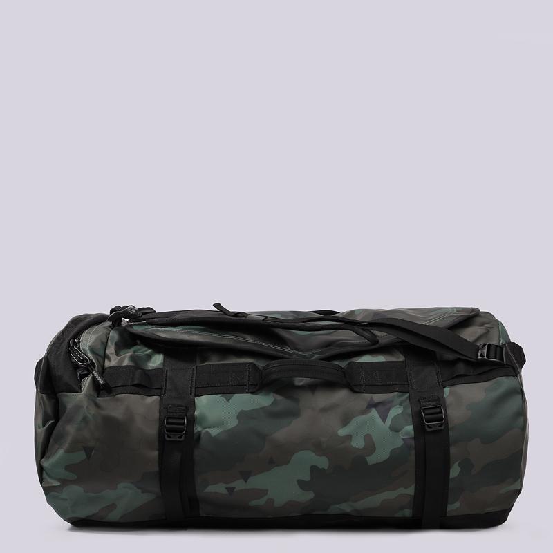 Сумка- рюкзак The North Face BASE CAMP DUFFEL-LСумки, рюкзаки<br>полиэстер<br><br>Цвет: Зеленый<br>Размеры US: OS<br>Пол: Мужской