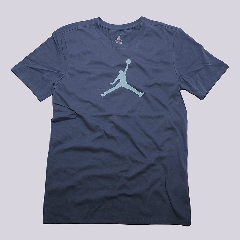 Футболка Jordan Jumpman DRI-FIT TeeФутболки<br>58%хлопок,42% полиэстер<br><br>Цвет: Синий<br>Размеры US: M<br>Пол: Мужской