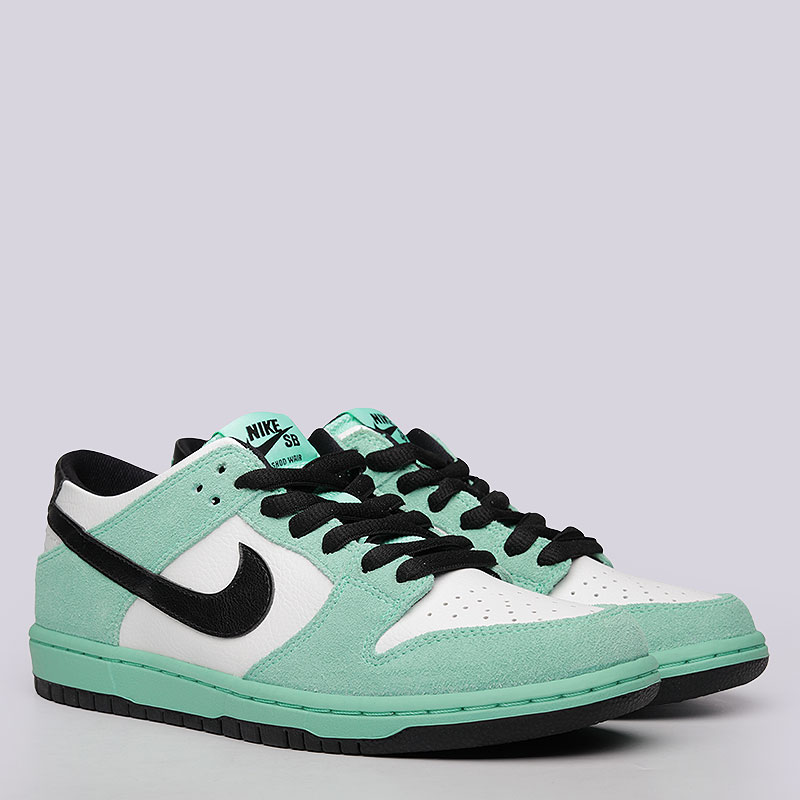 Кроссовки  Nike SB Dunk Low Pro IWКроссовки lifestyle<br>Кожа, синтеткиа, текстиль, резина<br><br>Цвет: Мятный, белый<br>Размеры US: 8;8.5;9;9.5;10;10.5;11;12<br>Пол: Мужской