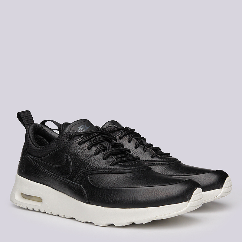 Кроссовки Nike Sportswear WMNS Air Max Thea PinnacleКроссовки lifestyle<br>кожа, текстиль, резина<br><br>Цвет: Черный<br>Размеры US: 6;8.5<br>Пол: Женский