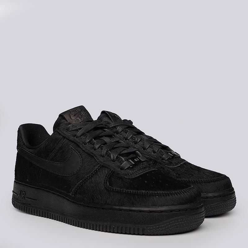 Кроссовки Nike Sportswear WMNS Air Force 107 PRMКроссовки lifestyle<br>Синтетика, текстиль, резина<br><br>Цвет: Черный<br>Размеры US: 6<br>Пол: Женский