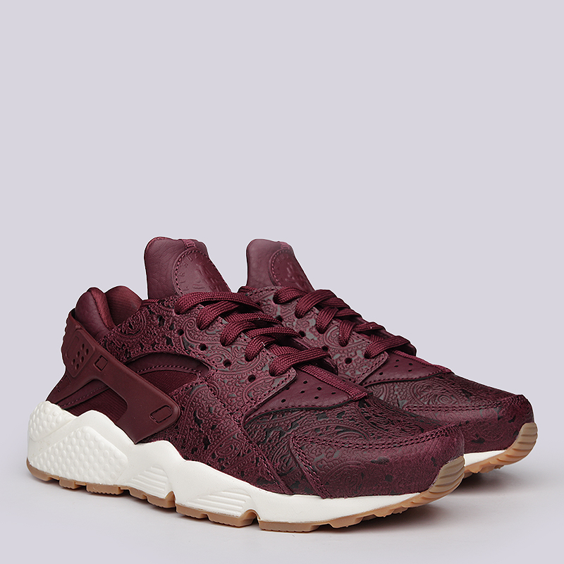 Кроссовки Nike sportswear WMNS Air Huarache Run PRMКроссовки lifestyle<br>Кожа, текстиль, резина<br><br>Цвет: Бордовый<br>Размеры US: 6;6.5;7;7.5;8<br>Пол: Женский