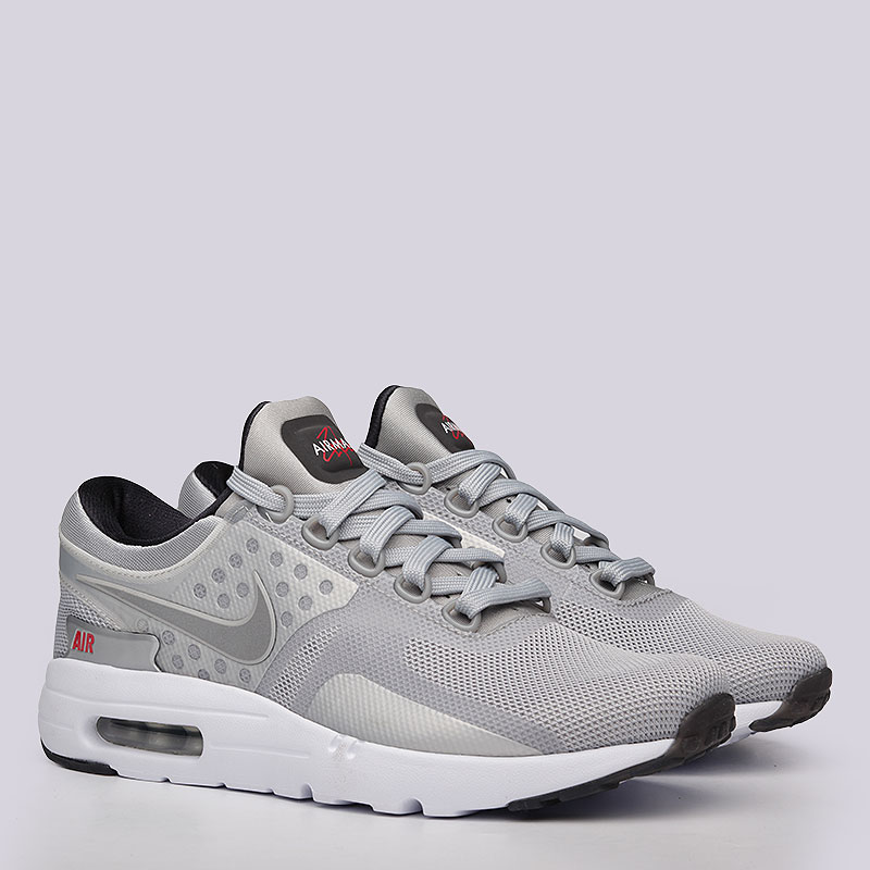 Кроссовки Nike Sportswear Air Max Zero QSКроссовки lifestyle<br>Текстиль, пластик, резина<br><br>Цвет: Серый<br>Размеры US: 6;6.5;7.5;8;8.5;9;9.5;10;10.5;11;11.5;12;12.5<br>Пол: Мужской