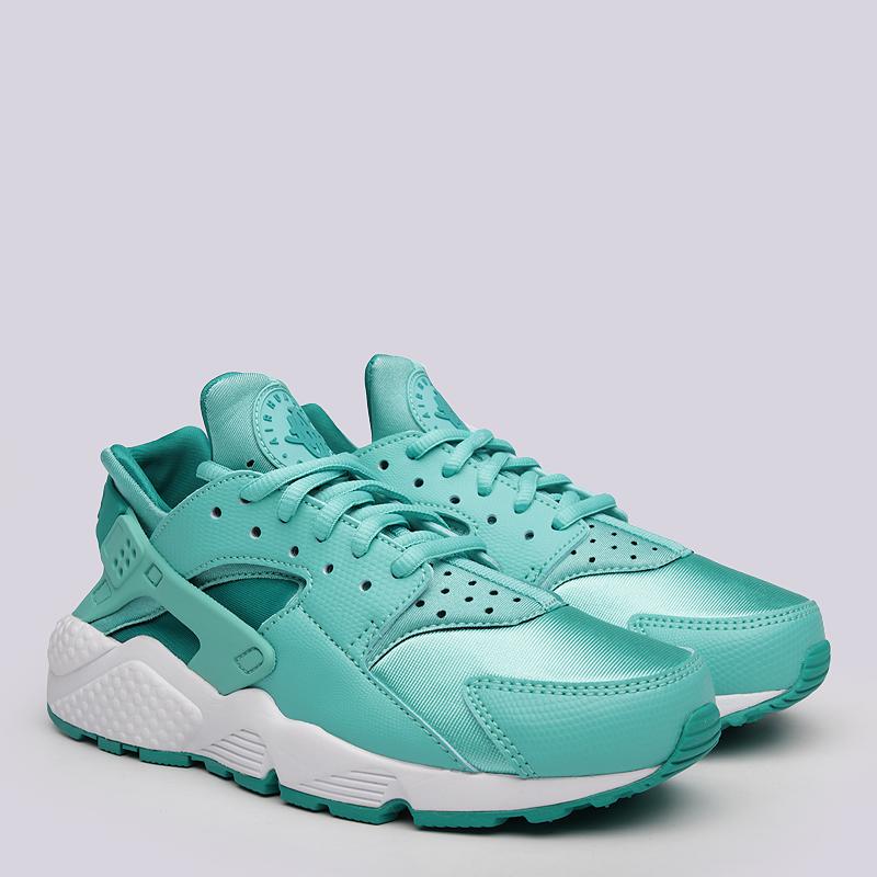 Кроссовки  Nike Sportswear WMNS Air Huarache RunКроссовки lifestyle<br>Текстиль, синтетика, резина, пластик<br><br>Цвет: Голубой<br>Размеры US: 6<br>Пол: Женский