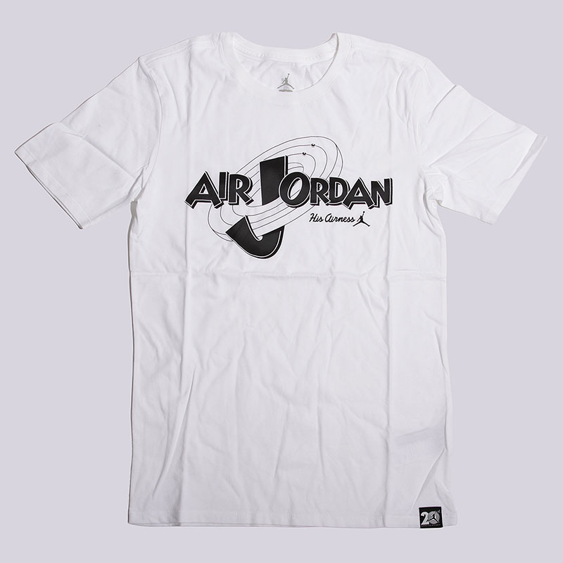 Футболка Jordan 11 Rings TeeФутболки<br>100% хлопок<br><br>Цвет: Белый<br>Размеры US: S;M;L;XL;2XL<br>Пол: Мужской