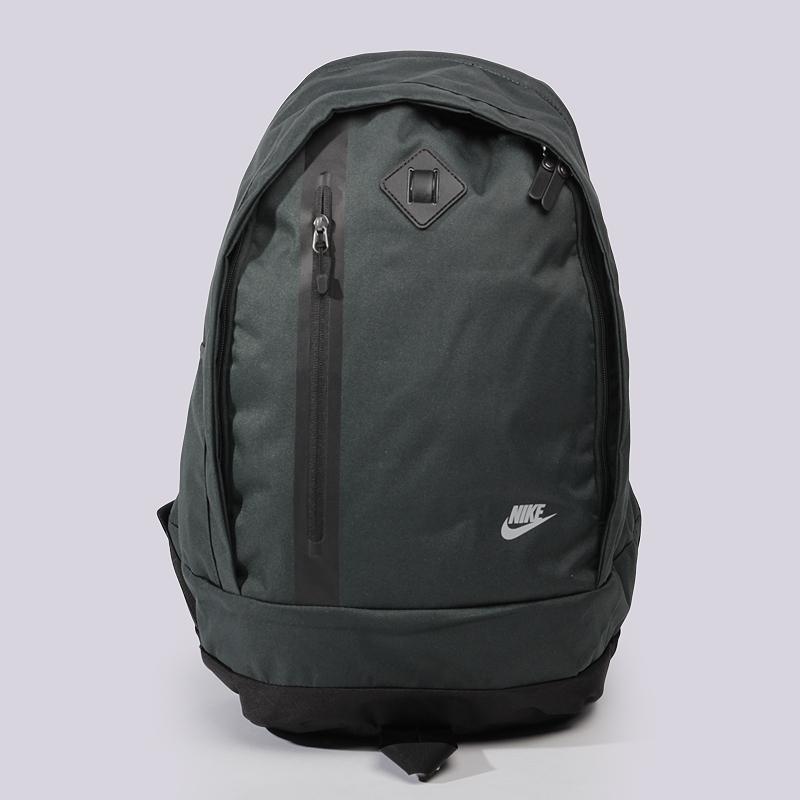Рюкзак Nike CHEYENNE 3.0Сумки, рюкзаки<br>Полиэстер<br><br>Цвет: Зеленый<br>Размеры US: OS