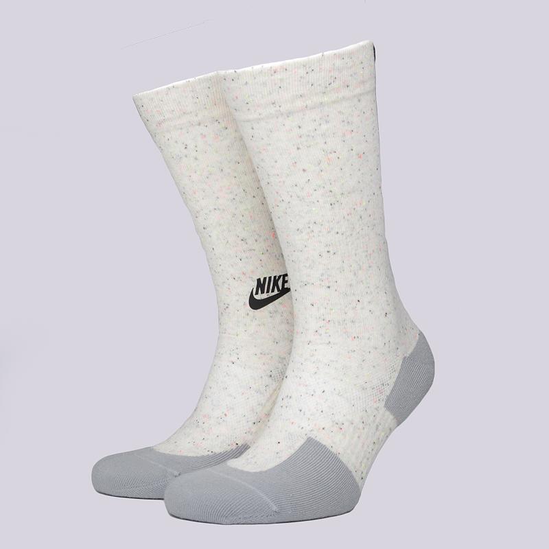 Носки Nike Sportswear M NSW TCH PK CrewНоски<br>37% хлопок, 35% полиэстер, 24% нейлон, 4% эластан<br><br>Цвет: Светло-серый<br>Размеры US: M;L<br>Пол: Мужской