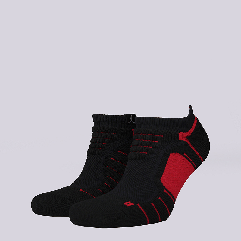 Носки Jordan Ultimate Flight Ankle SockНоски<br>49% полиэстер, 31% нейлон, 15% хлопок, 5% эластан<br><br>Цвет: Черный<br>Размеры US: M;L;XL<br>Пол: Мужской