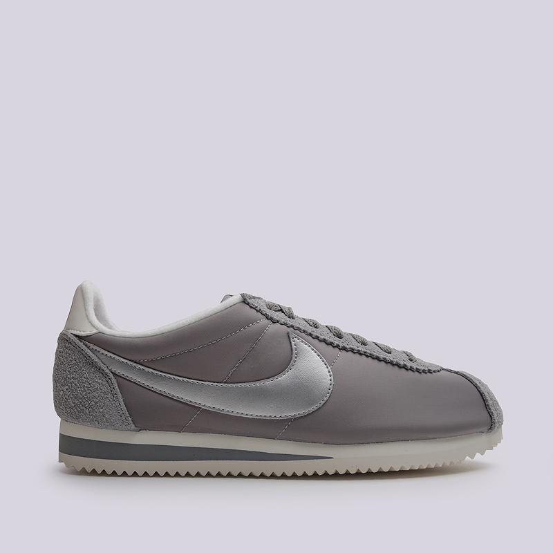 Кроссовки Nike Classic Cortez Nylon PRMКроссовки lifestyle<br>Текстиль, синтетика, резина<br><br>Цвет: Серый<br>Размеры US: 11<br>Пол: Мужской