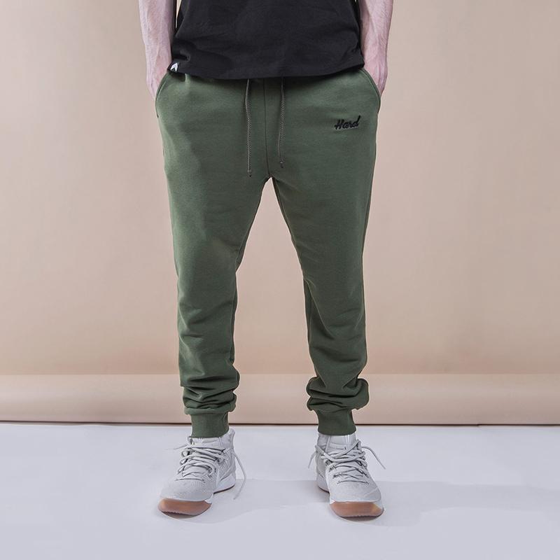 Брюки Hard Military PantsБрюки и джинсы<br>100% хлопок<br><br>Цвет: Зеленый<br>Размеры : M;L;2XL<br>Пол: Мужской