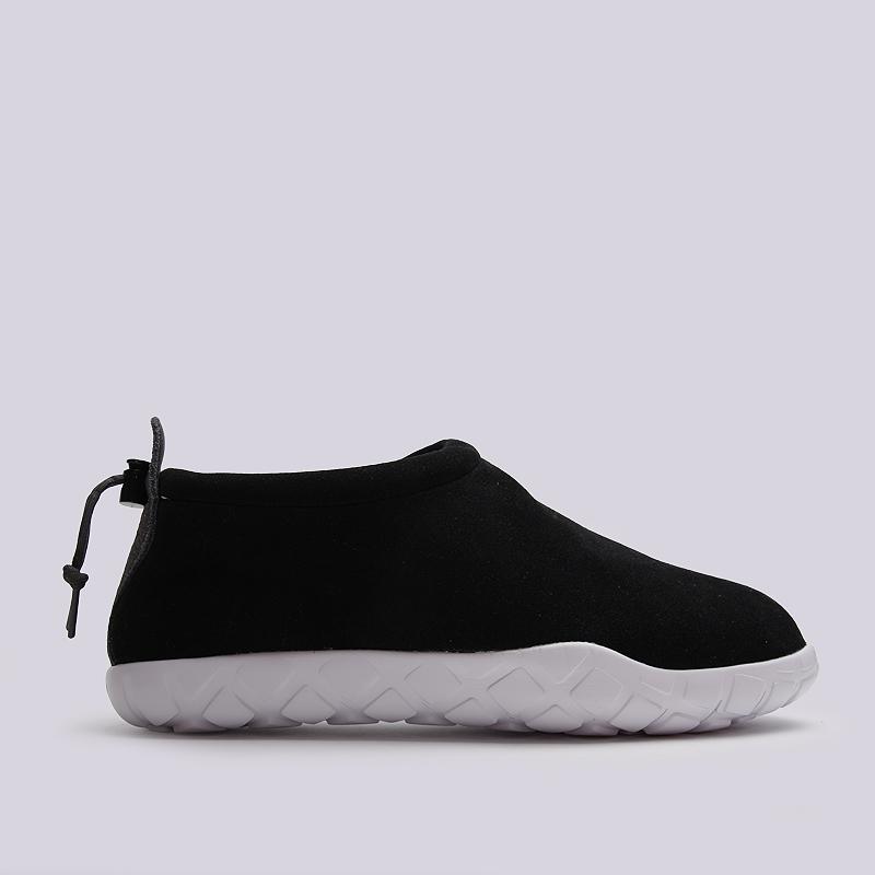 Кроссовки Nike Air Moc UltraКроссовки lifestyle<br>кожа, текстиль, резина<br><br>Цвет: Черный<br>Размеры US: 8;9<br>Пол: Мужской