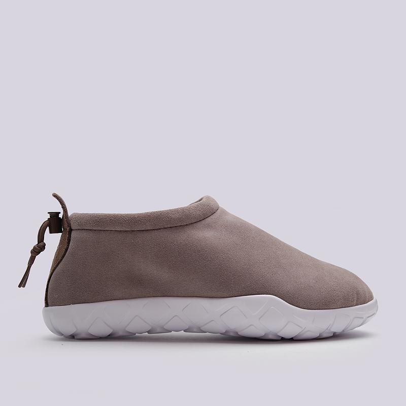 Кроссовки Nike Air Moc UltraКроссовки lifestyle<br>кожа, текстиль, резина<br><br>Цвет: Коричневый<br>Размеры US: 8;11<br>Пол: Мужской