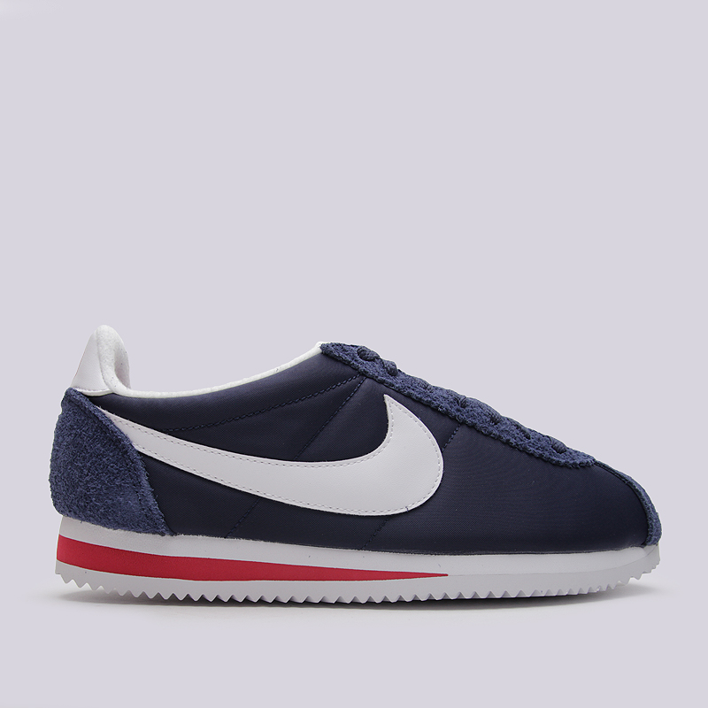 Кроссовки Nike Sportswear Classic Cortez Nylon PREMКроссовки lifestyle<br>кожа, текстиль, резина<br><br>Цвет: Синий<br>Размеры US: 8;8.5;9;9.5;10;10.5;11<br>Пол: Мужской