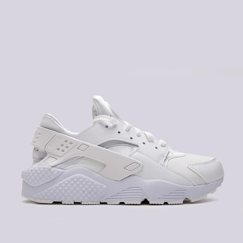 Кроссовки Nike Sportswear Air HuaracheКроссовки lifestyle<br>Синтетика, текстиль, резина<br><br>Цвет: Белый<br>Размеры US: 8;8.5;9;9.5;10;10.5;11;11.5;12<br>Пол: Мужской