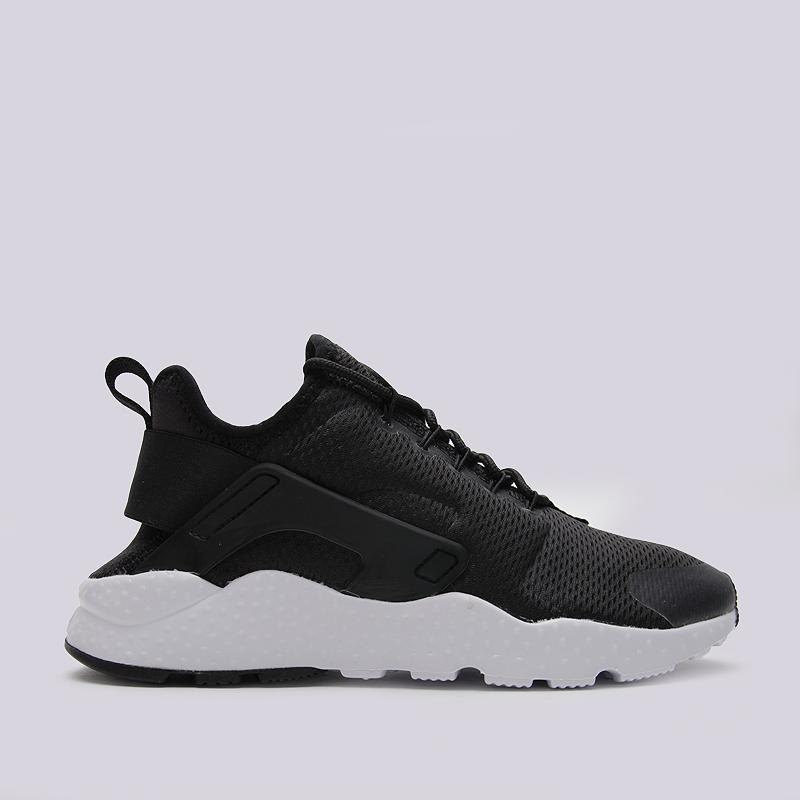 Кроссовки Nike WMNS Air Huarache Run UltraКроссовки lifestyle<br>текстиль, пластик, резина<br><br>Цвет: Черный<br>Размеры US: 6.5;9<br>Пол: Женский