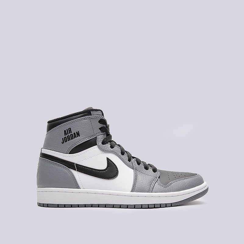 Кроссовки Jordan 1 Retro HighКроссовки lifestyle<br>Кожа, синтетика, текстиль, резина<br><br>Цвет: Серый, чёрный, белый<br>Размеры US: 8;8.5;11;12<br>Пол: Мужской