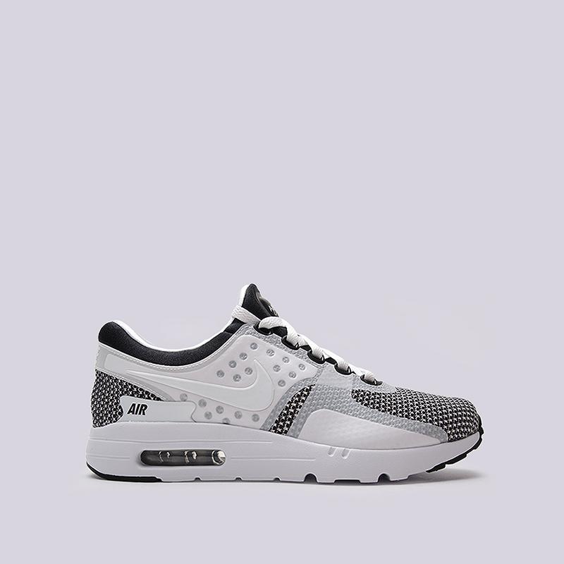 Кроссовки Nike Sportswear Air Max Zero EssentialКроссовки lifestyle<br>пластик, текстиль, резина<br><br>Цвет: Серый<br>Размеры US: 8;8.5;9;9.5;10;10.5;11;12<br>Пол: Мужской