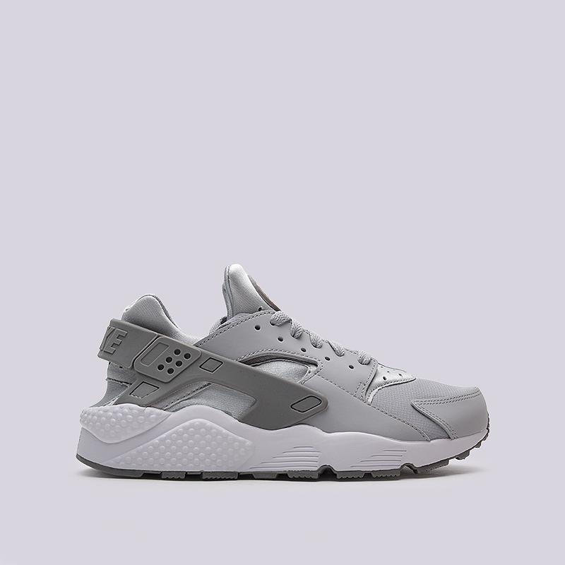 Кроссовки Nike Sportswear Air HuaracheКроссовки lifestyle<br>кожа, текстиль, резина<br><br>Цвет: Серый<br>Размеры US: 8.5;9.5;10;11.5<br>Пол: Мужской