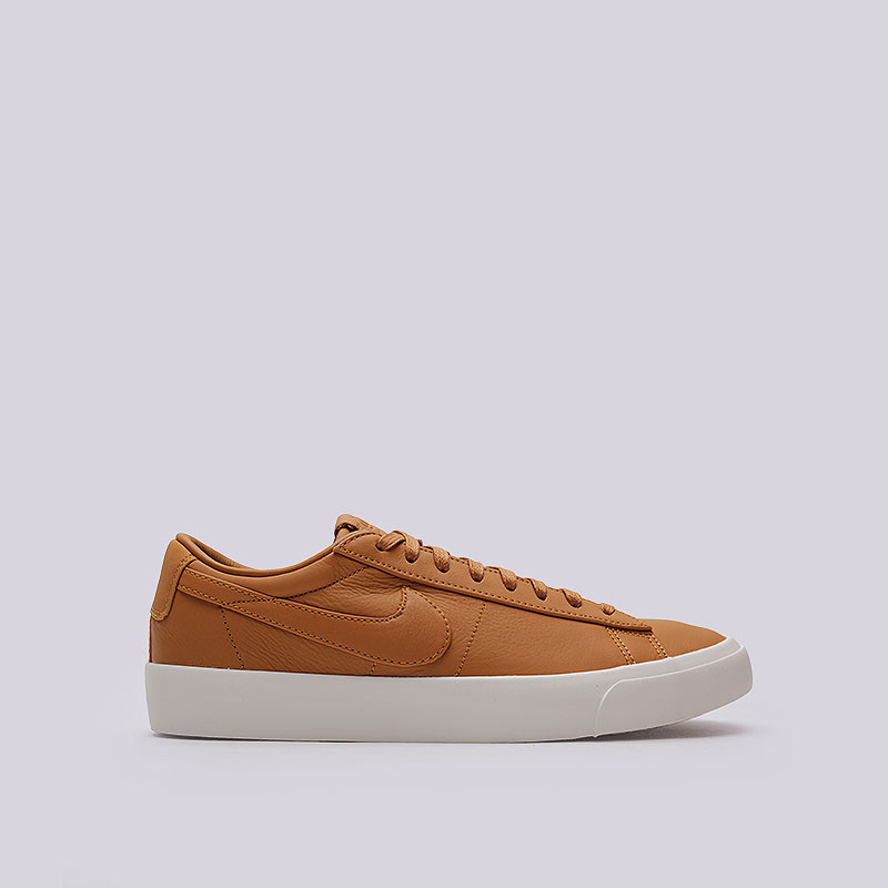 Кроссовки  Nike Sportswear Lab Blazer Studio LowКроссовки lifestyle<br>Кожа, синтетика, резина<br><br>Цвет: Коричневый<br>Размеры US: 9.5<br>Пол: Мужской