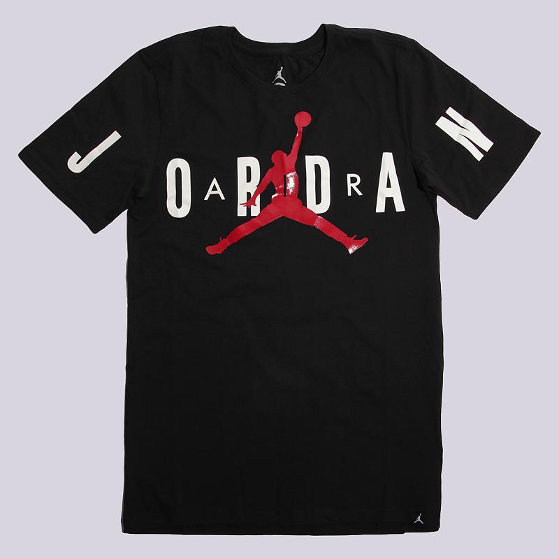 Футболка Jordan Stretched TeeФутболки<br>100% хлопок<br><br>Цвет: Черный<br>Размеры US: S;L<br>Пол: Мужской
