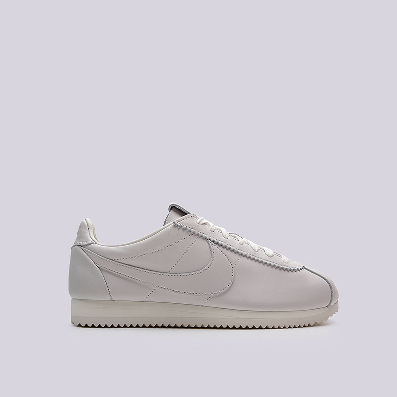 Кроссовки  Nike Sportswear Classic Cortez Prem QS TZКроссовки lifestyle<br>Кожа, текстиль, резина<br><br>Цвет: Серый<br>Размеры US: 12;13<br>Пол: Мужской