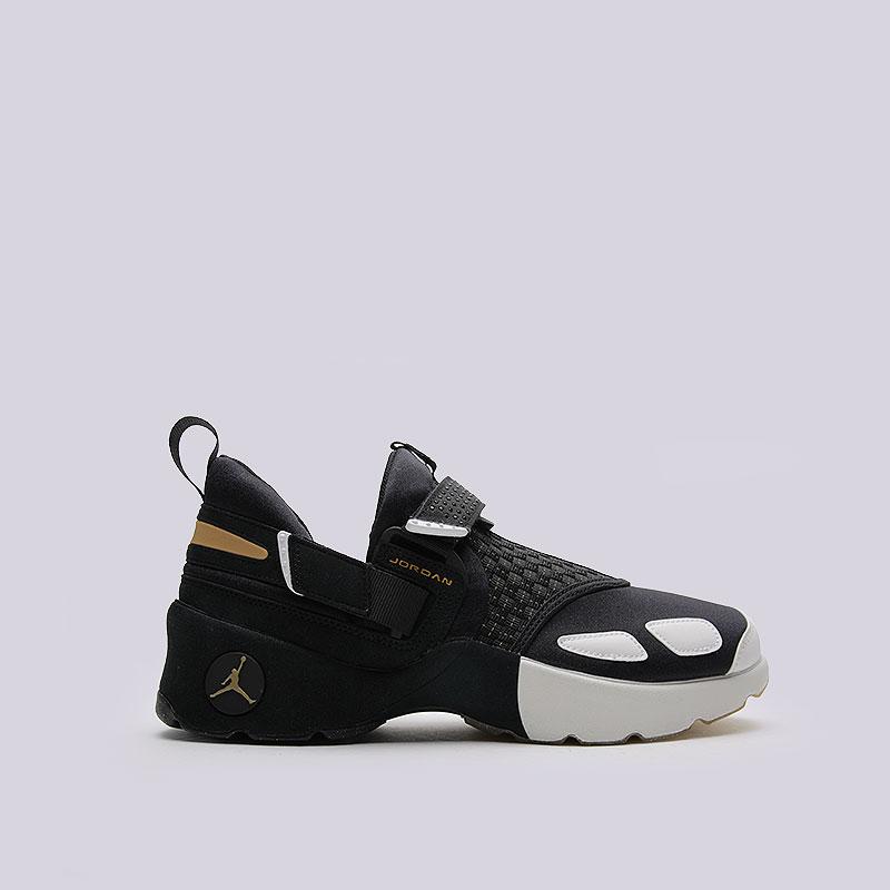 Кроссовки Jordan Trunner LX BHMКроссовки lifestyle<br>Текстиль, синтетика, резина, пластик<br><br>Цвет: Чёрный<br>Размеры US: 10.5<br>Пол: Мужской