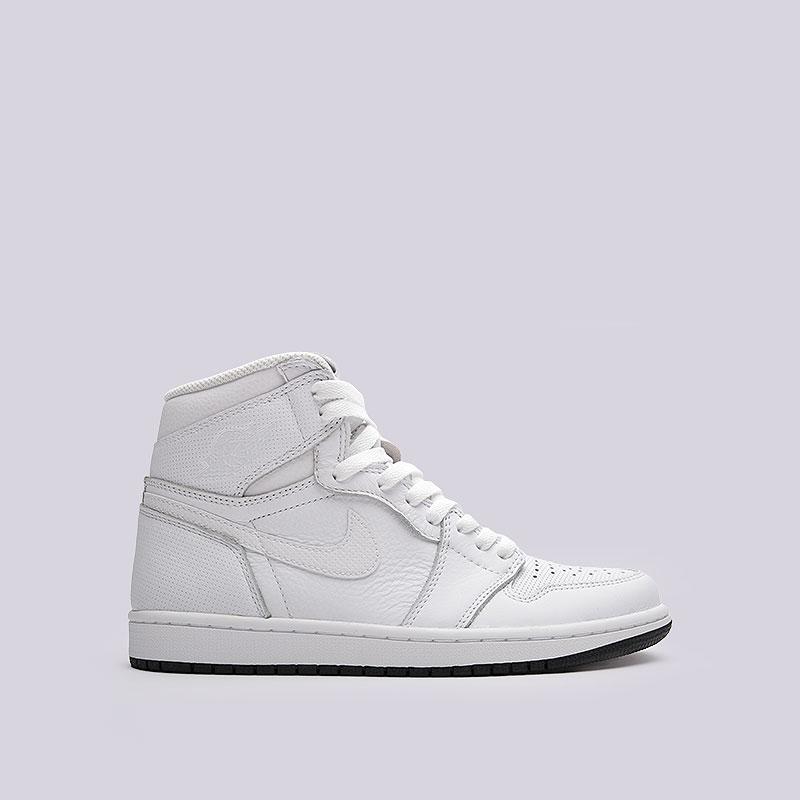 Кроссовки Air Jordan 1 Retro High OGКроссовки lifestyle<br>Кожа, синтетика. текстиль, резина<br><br>Цвет: Белый<br>Размеры US: 7;8;8.5;9;10;10.5;12<br>Пол: Мужской