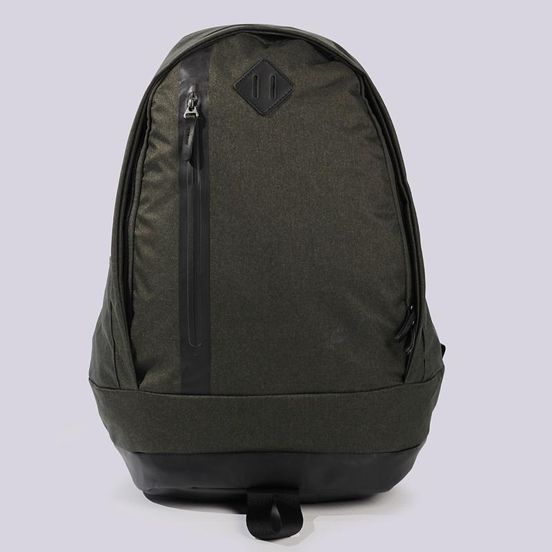 Рюкзак Nike Sportswear Cheyenne 3.0 PremiumСумки, рюкзаки<br>полиэстер<br><br>Цвет: Оливковый<br>Размеры US: OS<br>Пол: Мужской