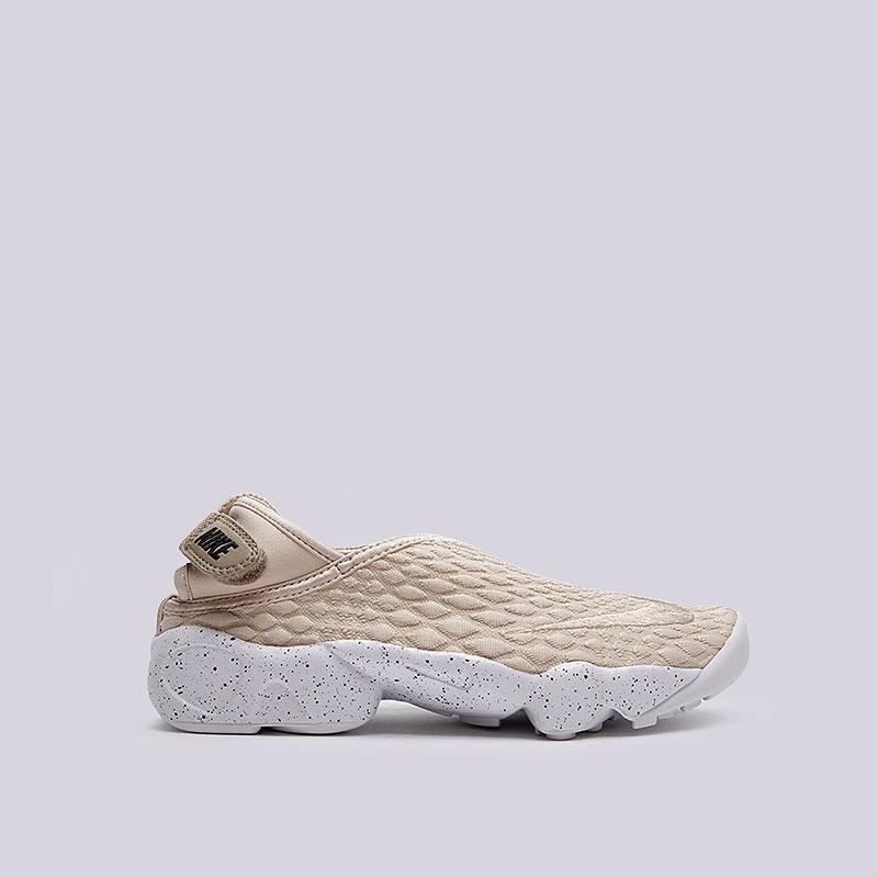 Кроссовки  Nike Sportswear WMNS Rift Wrap SEКроссовки lifestyle<br>Текстиль, резина, пластик<br><br>Цвет: Кремовый<br>Размеры US: 7;8<br>Пол: Женский