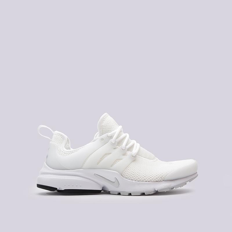 Кроссовки Nike Sportswear WMNS Air PrestoКроссовки lifestyle<br>пластик, текстиль, резина<br><br>Цвет: Белый<br>Размеры US: 5;6;8<br>Пол: Женский