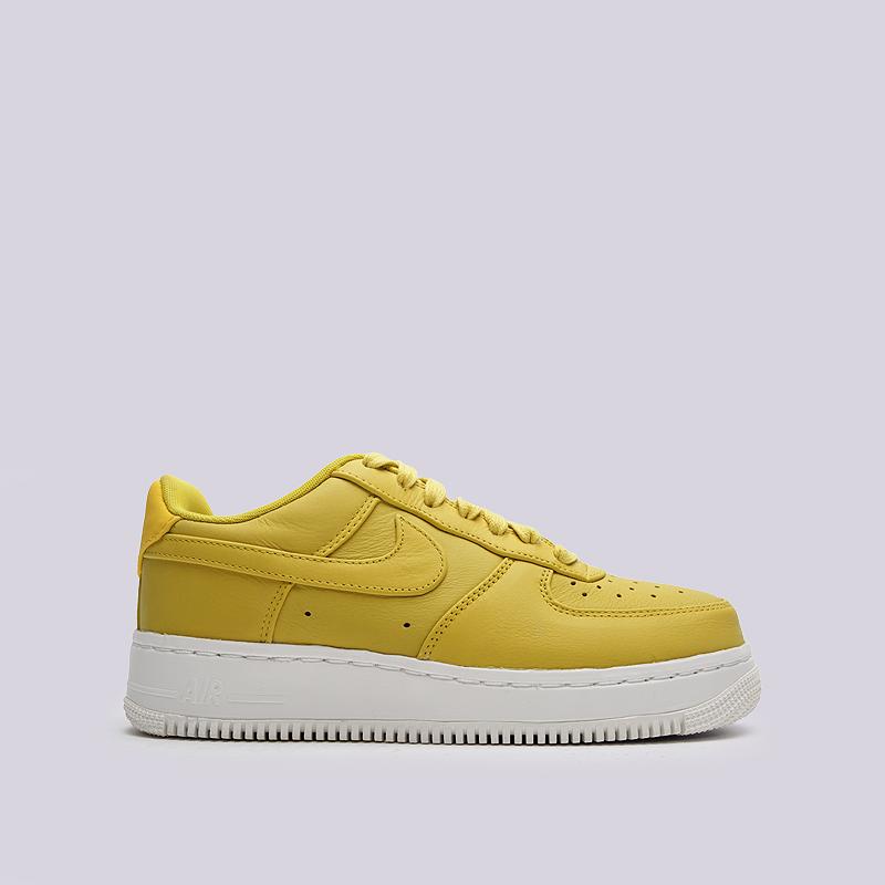 Кроссовки Nike Lab Air Force 1 LowКроссовки lifestyle<br>кожа, синтетика, текстиль, резина<br><br>Цвет: Желтый<br>Размеры US: 6;8;11<br>Пол: Мужской