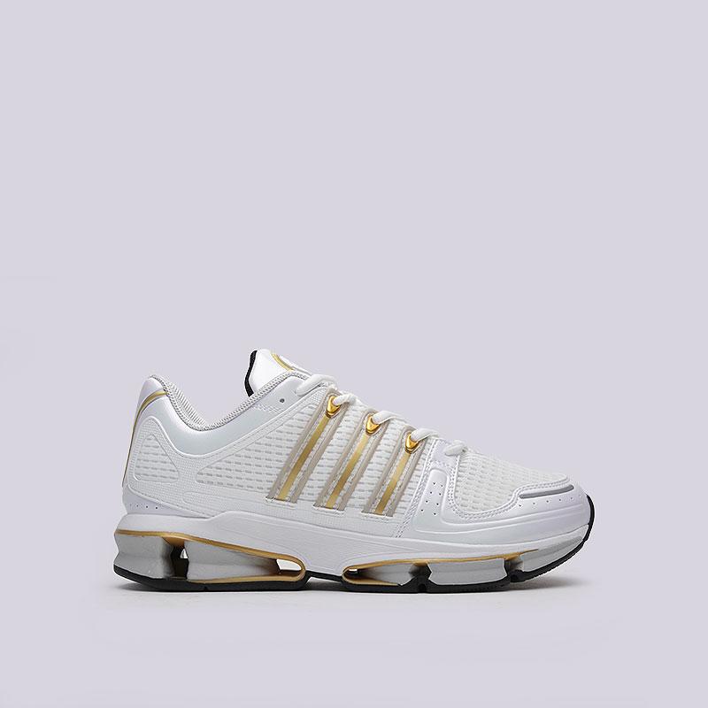 Кроссовки  adidas Originals A3 TwinstrikeКроссовки lifestyle<br>Текстиль, синтетика, резина<br><br>Цвет: Белый<br>Размеры UK: 7;8.5;9;9.5;11.5<br>Пол: Мужской