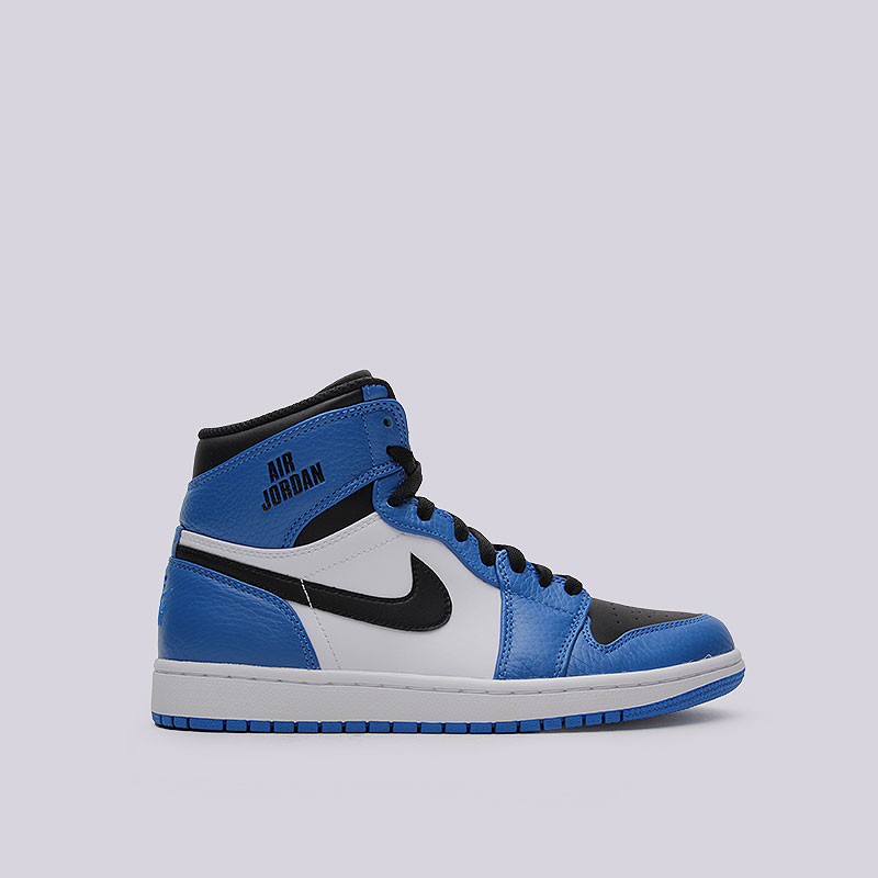 Кроссовки  Jordan 1 Retro HighКроссовки lifestyle<br>Кожа, синтетика, текстиль, резина<br><br>Цвет: Синий, чёрный, белый<br>Размеры US: 8;8.5;9;9.5;10.5;11;11.5;12;12.5;13<br>Пол: Мужской