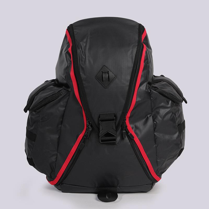 Рюкзак Nike Cheyenne ResponderСумки, рюкзаки<br>полиэстер<br><br>Цвет: Черный<br>Размеры US: OS<br>Пол: Мужской