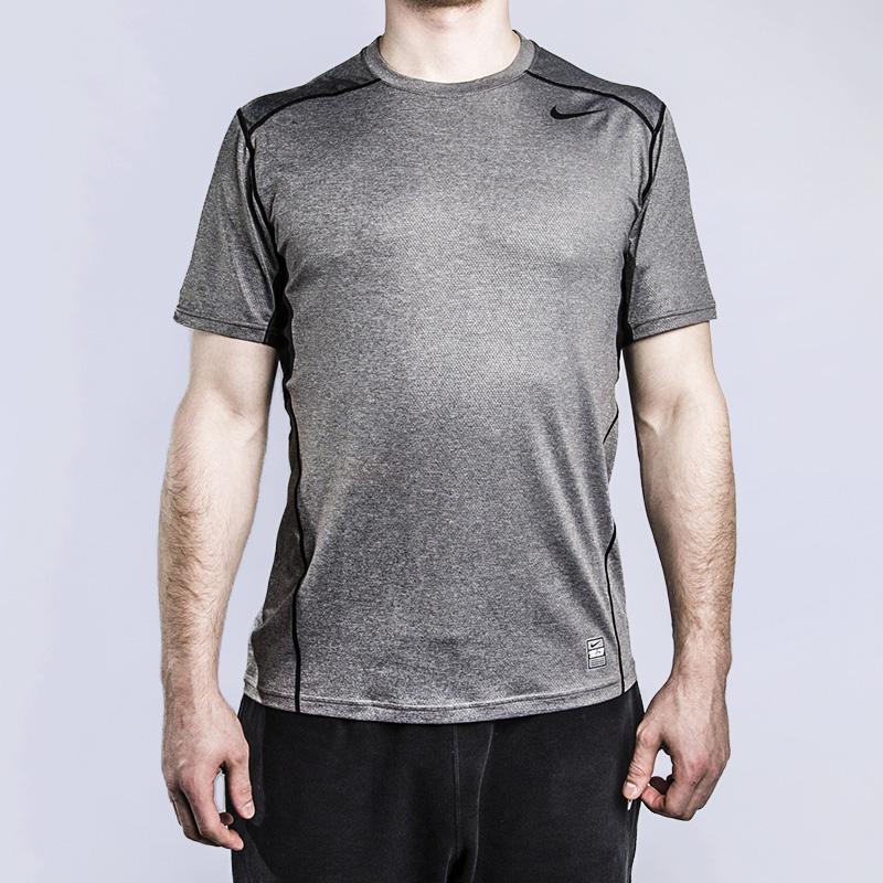 Футболка для тренинга Nike Hypercool FTTD SSФутболки<br>93% полиэстер, 7%эластан<br><br>Цвет: Серый<br>Размеры US: M;2XL<br>Пол: Мужской